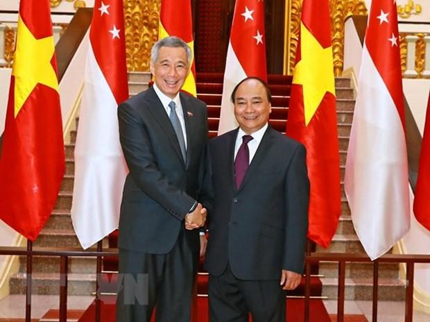 Ambassador highlights PM's upcoming visit to Singapore hinh anh 1