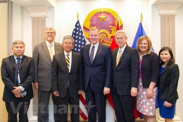 Vietnamese Ambassador to US welcomes Mormon Church representatives hinh anh 1