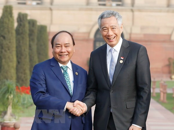 PM's visit hoped to further bolster Vietnam-Singapore ties hinh anh 1