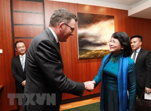 Vice President meets leaders of Victoria state hinh anh 2