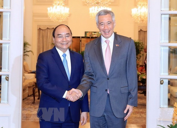 Vietnam, Singapore satisfied with thriving relations hinh anh 1