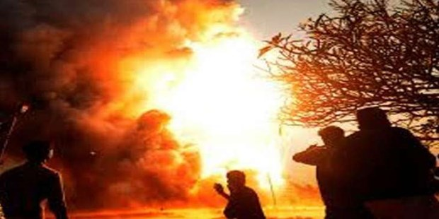 Indonesia: At least 10 killed in oil well fire hinh anh 1