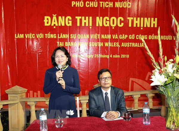 Vice President meets Vietnamese expats in Australia hinh anh 1