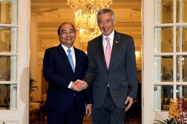 Singaporean media spotlights Vietnamese PM's visit hinh anh 1