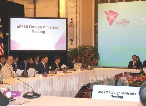 ASEAN Foreign Ministers' Meeting opens in Singapore hinh anh 1
