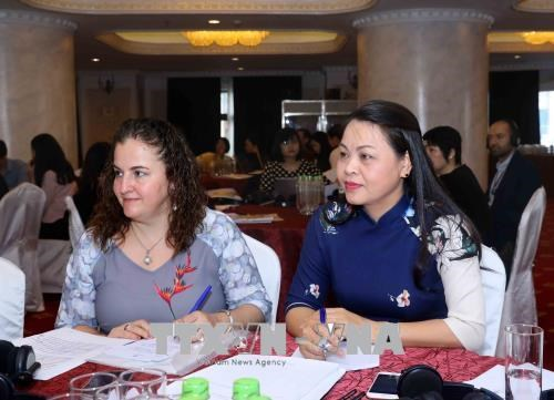 Workshop talks gender equality in voluntary national review on SDGs hinh anh 1