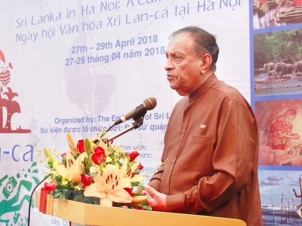 Sri Lankan parliament speaker concludes Vietnam visit hinh anh 1