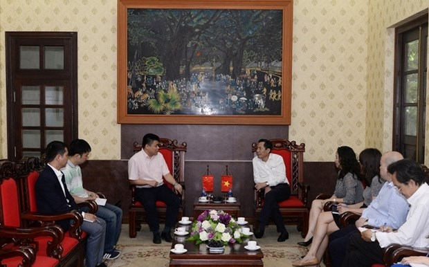 Vietnam, China step up press cooperation hinh anh 1