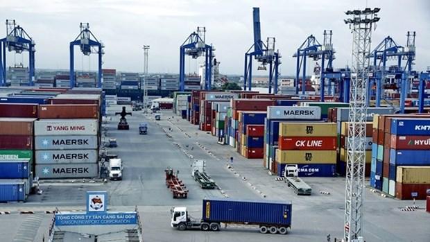 Vietnam's import-export revenue rises 14.4 percent in four months hinh anh 1