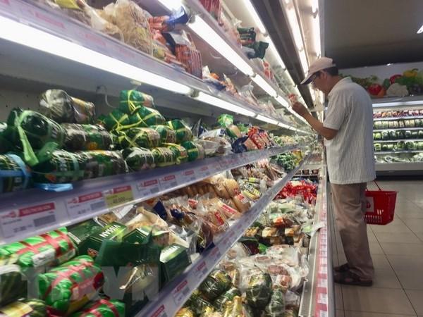 Vietnam's CPI up slightly in April hinh anh 1