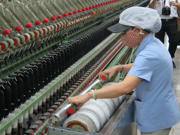 Industrial production index up 11.4 percent in four months hinh anh 1