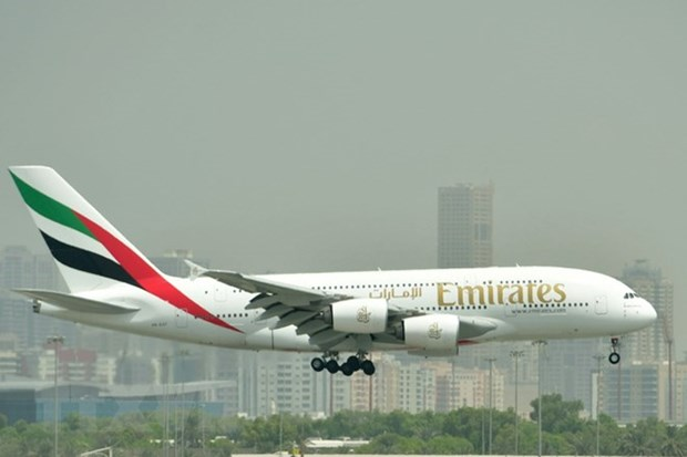 Vietnam exempts import tax for Emirates Airline hinh anh 1
