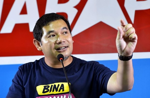 Malaysia's opposite leader to be investigated under anti-fake news law hinh anh 1