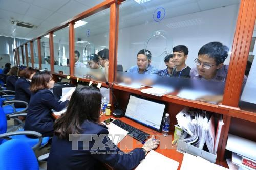 Customs sector gets tough on corruption hinh anh 1