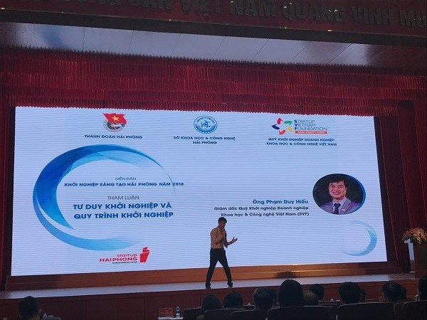 Forum discusses ways for youths to successfully establish startups hinh anh 1