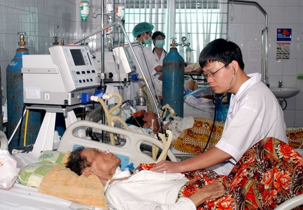 Training course on high blood pressure, diabetes management opens hinh anh 1