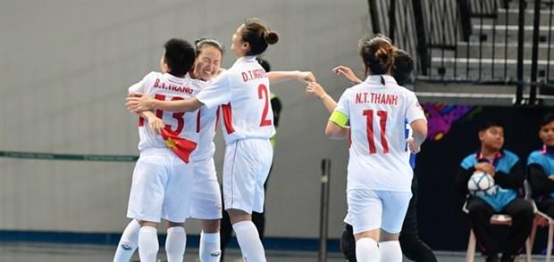 Vietnam enters quarter-finals at women's futsal tourney hinh anh 1