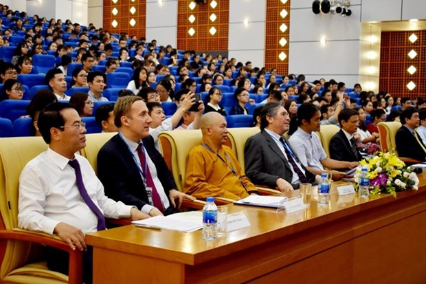 Awareness of coping with climate change raised among youngsters hinh anh 1