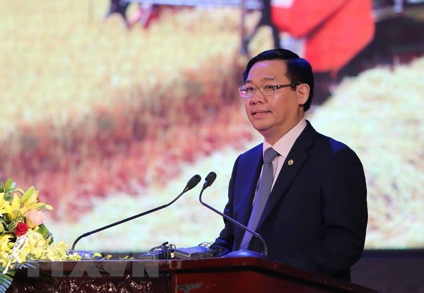 Deputy PM highlights importance of salary policy hinh anh 1