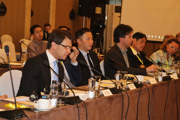Vietnam advised to set clear vision for smart public transportation hinh anh 2