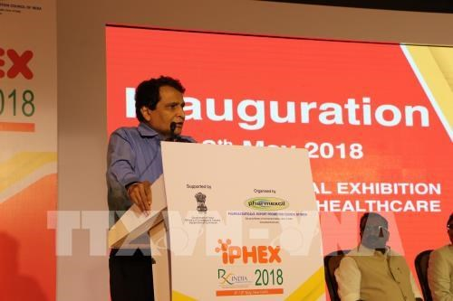 Vietnam attends pharma and healthcare exhibition in India hinh anh 1