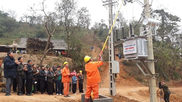 Power losses in northern region continue to decline hinh anh 1