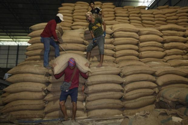 Thailand leads world in rice export in Q1 hinh anh 1