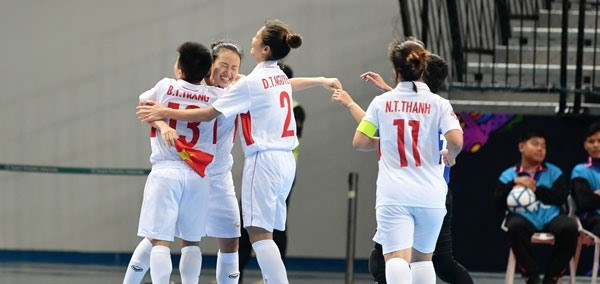 Vietnam face Indonesia in AFC's women futsal champ quarter-finals hinh anh 1