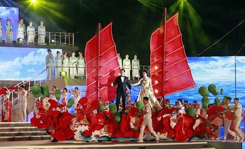 Flamboyant flower festival to dazzle Hai Phong hinh anh 1