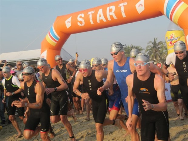 More than 1,600 triathletes to race in Da Nang Ironman hinh anh 1