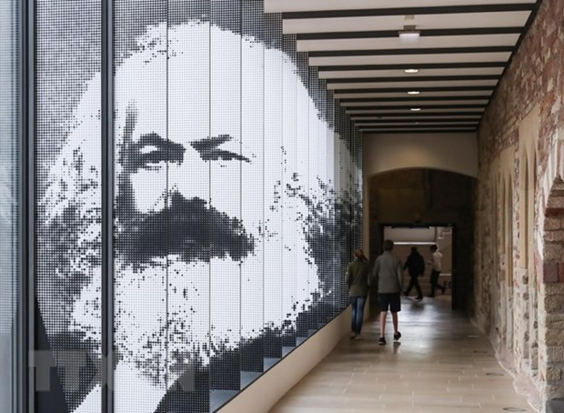 Goethe Institute Hanoi launches Karl Marx contest hinh anh 1
