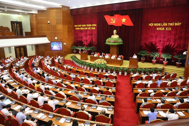 Issues discussed by Party Central Committee draw public concern hinh anh 1