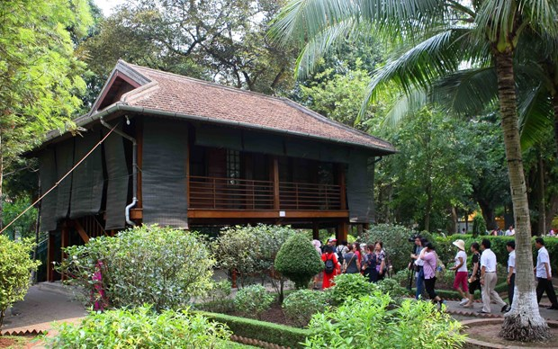Stilt houses associated with President Ho Chi Minh's revolutionary activities hinh anh 1