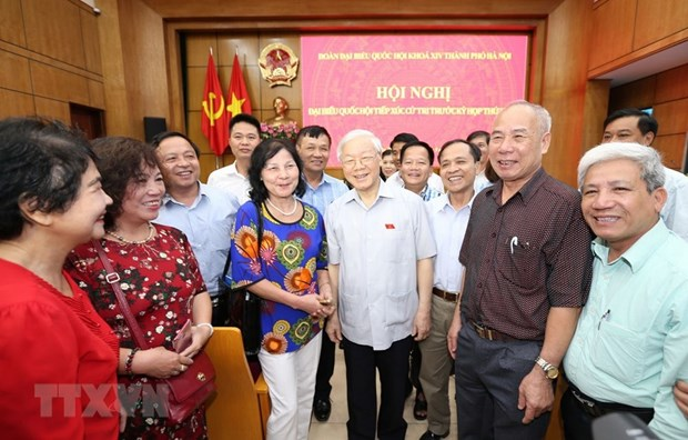 Voters satisfied with anti-corruption outcomes hinh anh 1