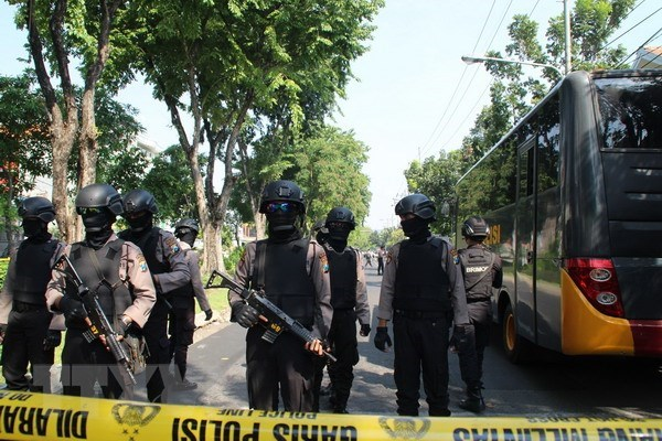 Indonesia raises security alert to highest level hinh anh 1