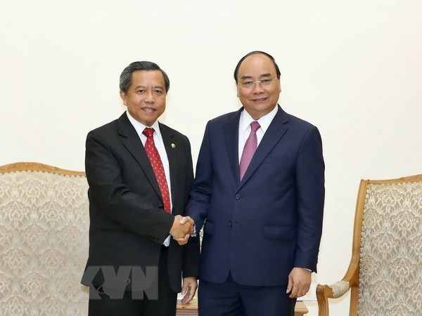 PM receives Lao Minister of Science and Technology hinh anh 1