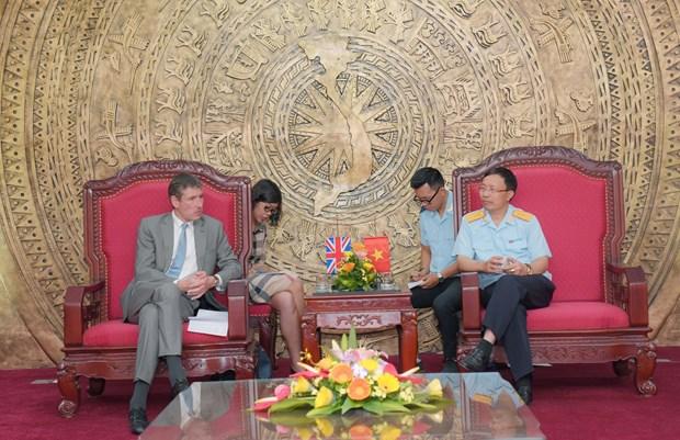 Vietnam, UK seek stronger partnership in customs hinh anh 1
