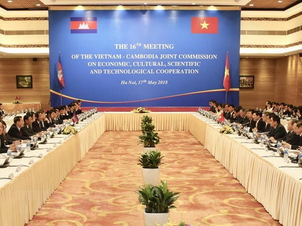 Vietnam, Cambodia agree to foster partnerships in various fields hinh anh 1