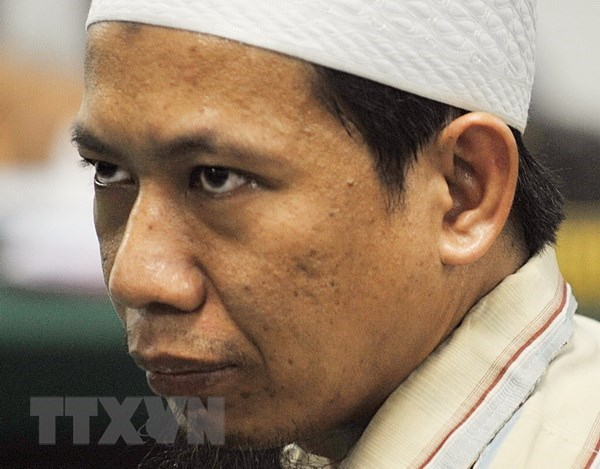 Indonesian prosecutors propose death penalty for radical cleric hinh anh 1