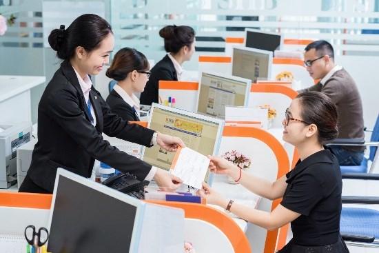 SHB honoured as Best Bank in Vietnam hinh anh 1