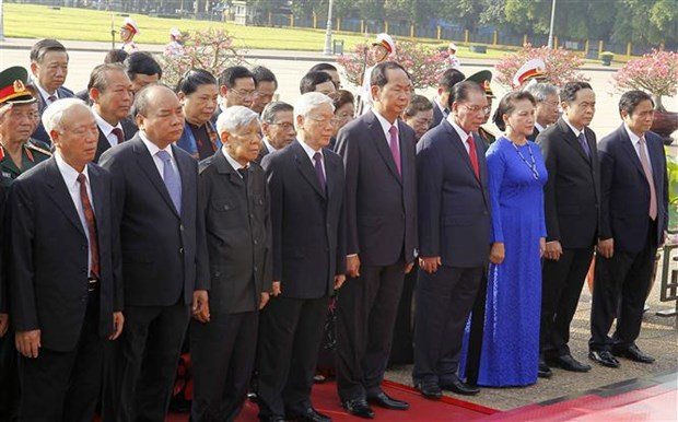 Vietnamese leaders pay tribute to late President on birth anniversary hinh anh 1