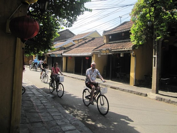 Hoi An bicycle project wins global award hinh anh 1