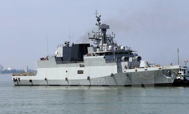 Indian naval ships visit central Da Nang city hinh anh 4