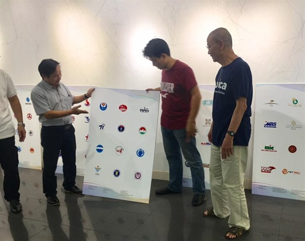 First Logo Vietnam exhibition takes place in Hanoi hinh anh 1