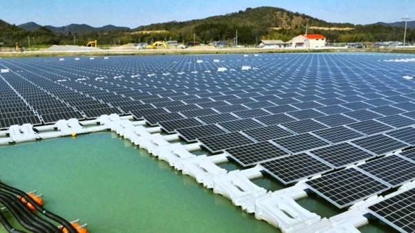 MoIT asked to report on solar power plants hinh anh 1