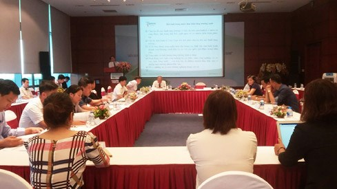 Public, private agencies commit to achieve green growth hinh anh 1