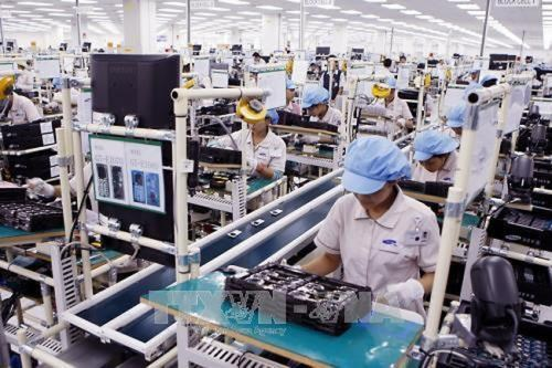 Vietnam eyes higher rankings in business environment hinh anh 1