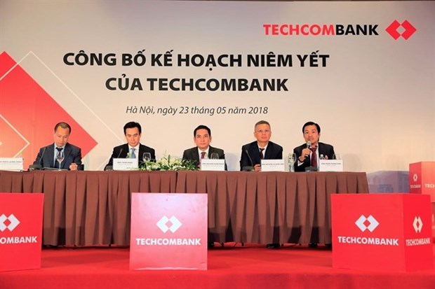 Techcombank shares to be listed on HOSE on June 4 hinh anh 1