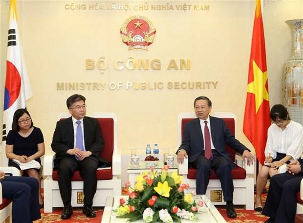 Vietnam, RoK increase anti-crime cooperation hinh anh 1
