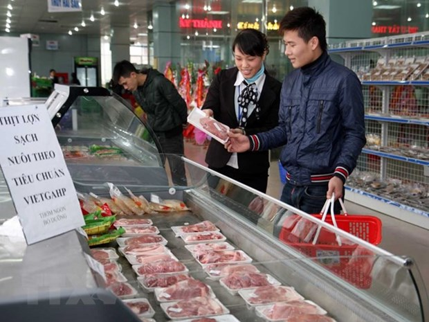 Retailers keen to expand supply of organic foods hinh anh 1